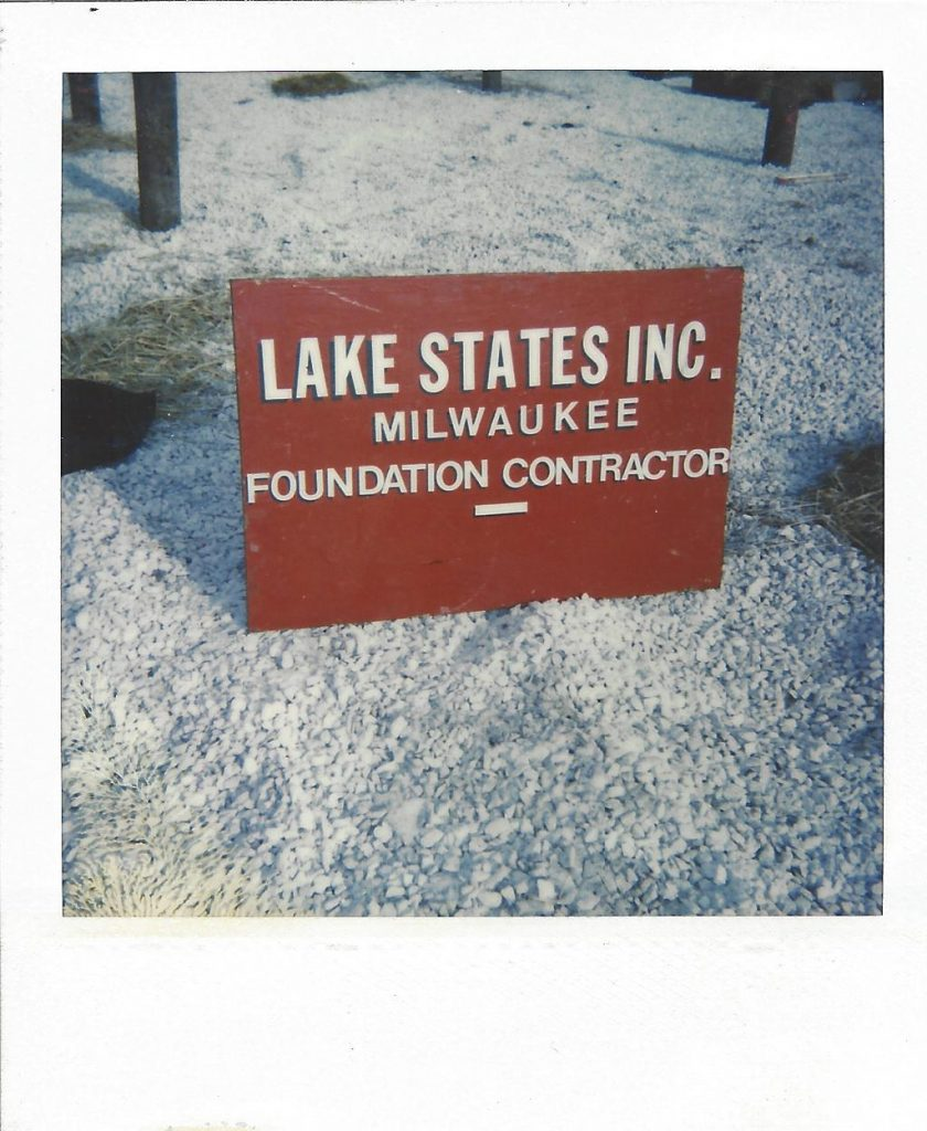 This is a sign for Lake States Inc.